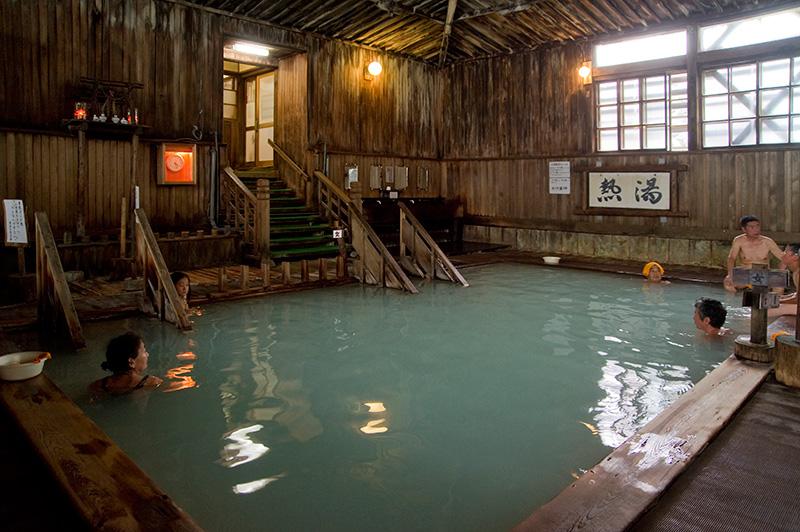 Kasuga Ryokan Hotel - room photo 8576125
